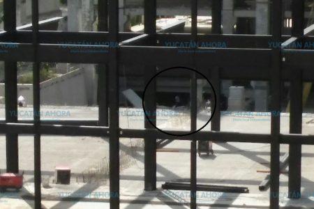 Sigue la remoción de escombros en Paseo 60 tras denuncia de otro desaparecido