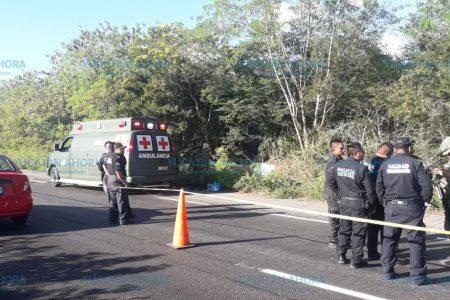 Se accidenta camión militar en la vía Mérida-Valladolid: tres muertos