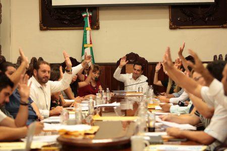 Alonso Gutiérrez Espinosa, orador huésped en sesión del 476 Aniversario de Mérida