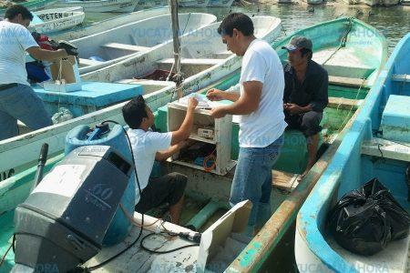 Rápida ubicación de pescadores de Sisal a la deriva en altamar