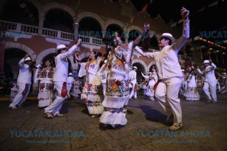 A ritmo de jarana, voladores e hiladas se vive el Mérida Fest