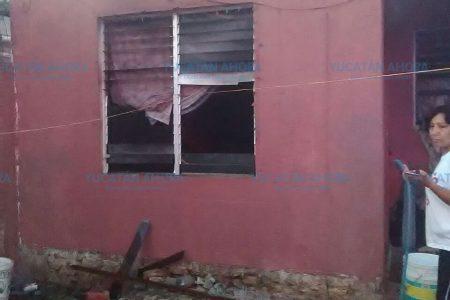 El instinto maternal evita que se quemen tres niñas encerradas en una casa