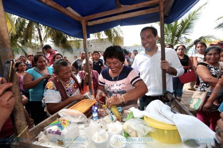 Piden a Mauricio Vila mejore los servicios de salud en Seyé
