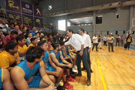 Inauguran Unidad Deportiva de Francisco de Montejo