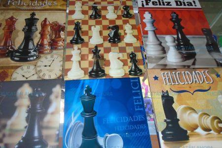 Lema en Yucatán: 'Amor es  regalar un juego de ajedrez'