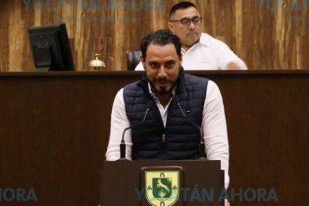 Llega líder nacional del PAN a ratificar a Raúl Paz para el Senado