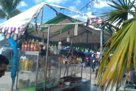 Estalla, pero no de júbilo, un puesto en la Expo Feria Tizimín
