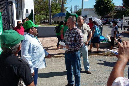 Diálogo evita que campesinos tomen las instalaciones de Sagarpa Yucatán