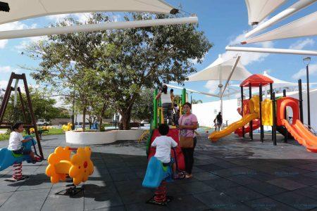 Compromiso cumplido: transforman lote baldío en parque familiar