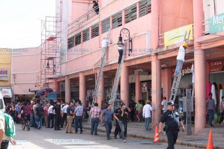 Modificarán la ley para que locatarios del 'Lucas de Gálvez' puedan pagar su concesión