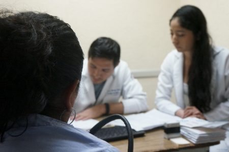 Recuerdan que el IMSS cuenta con clínica especial para tratar el cáncer de mama