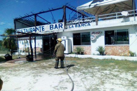 Chispa arruina restaurante en la carretera Chelem-Chuburná Puerto