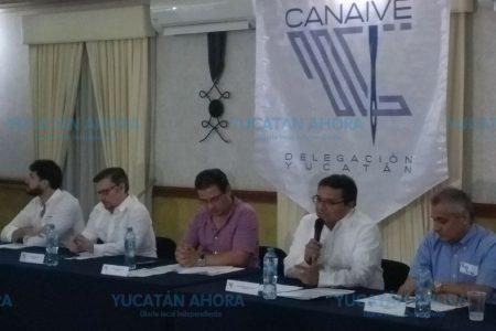 Pedro Góngora seguirá al frente de Canaive en el periodo 2018-2019
