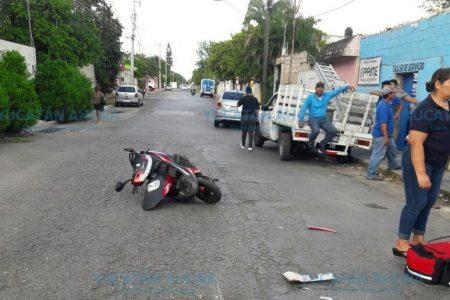 Por un descuido, niño de seis años prueba el pavimento en la Dolores Otero