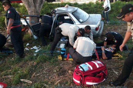 Dos lesionados en accidente en el puente de Francisco de Montejo