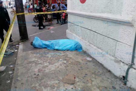 Viene-viene muere en su centro de labores: las calles de Progreso