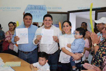 Víctor Merari se registra como precandidato a diputado por el II Distrito
