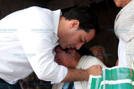 Los yucatecos merecen mejores servicios de salud: Mauricio Vila