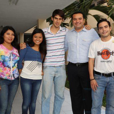 Trabajar por los jóvenes es formar ciudadanía responsable: Renán Barrera