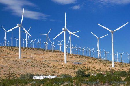 La energía renovable carece de capacidad para reemplazar a combustibles fósiles
