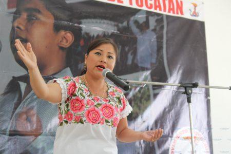 Antorchistas incentivan la poesía  buscando a sus representantes a concurso nacional