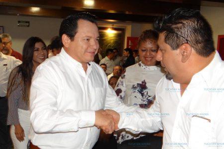 Presume 'Huacho' Díaz tener todo el apoyo de López Obrador