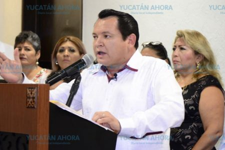 El verdadero mandante será el pueblo, asegura 'Huacho' Díaz al iniciar su campaña