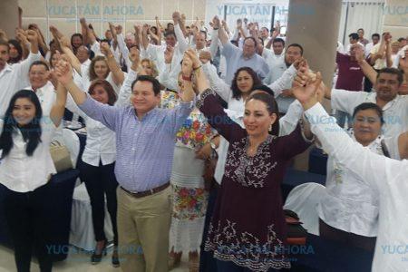 Exhorta huacho Díaz a candidatos morenistas a buscar contacto directo con los yucatecos