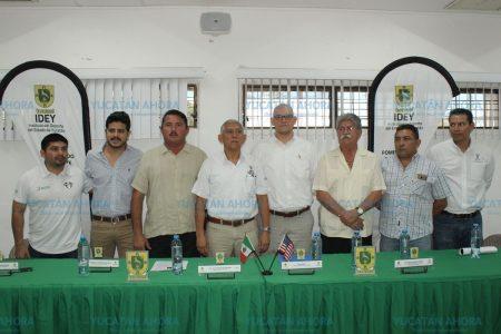 Capacitan a futbolistas yucatecas y sus entrenadoras