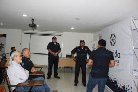 Policías municipales avanzan en su aprendizaje del inglés