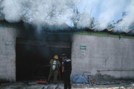 Mucho humo y poca flama: se quema bodega de estopa