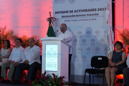 Luis Hevia renuncia al Issste; se va la campaña de Mauricio Sahuí