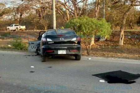 Nueva tragedia en Periférico: muere un conductor impactado contra un poste