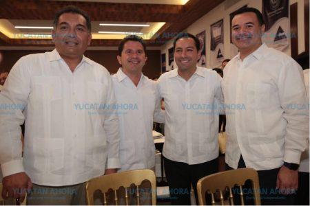 Terso encuentro de Mauricio Vila, Sahuí, Caballero y Barrera en Canaco