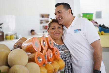 Renán Barrera ofrece que los mercados de Mérida serán ejemplo de Latinoamérica
