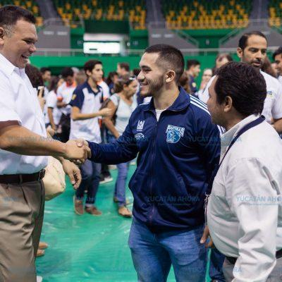 Abanderan delegación que representa a Yucatán en Universiada Nacional 2018