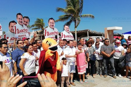 Hay esperanza en Yucatán para acabar con el bipartidismo: Huacho Díaz
