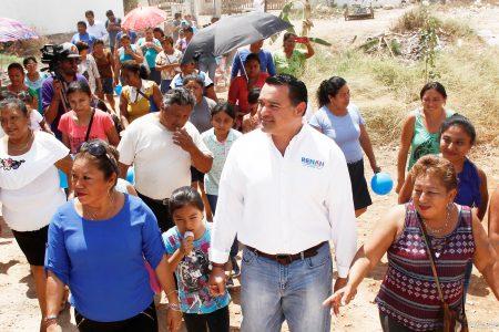 En la colonia La Mielera refrendan su apoyo a Renán Barrera