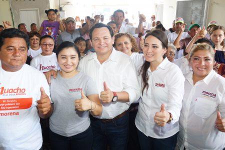 Vamos juntos a trabajar en la transformación de Yucatán, asegura Huacho Díaz en Tunkás