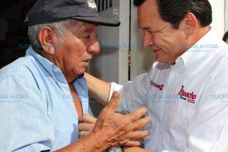 Es la corrupción la que no deja que los apoyos lleguen: Huacho Díaz
