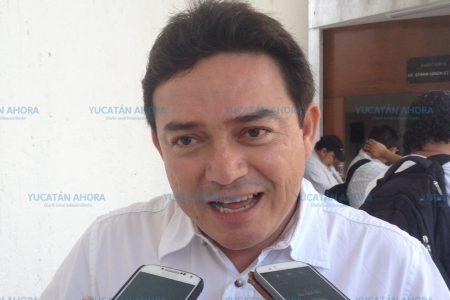'Congelan' en comisiones retiro de fuero presidencial, denuncia senador