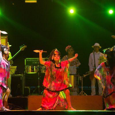 Luces en el Pueblo Mágico de Izamal hacen ganar reconocimiento turístico a Yucatán