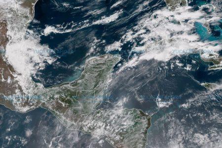 La Península seguirá con calor y lluvias vespertinas
