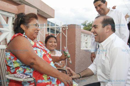 Priistas hacen equipo para caminar las calles de Mérida y pedir el voto