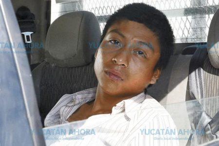 Aunque son vacaciones, le dieron ganas de ir a la escuela… a robar