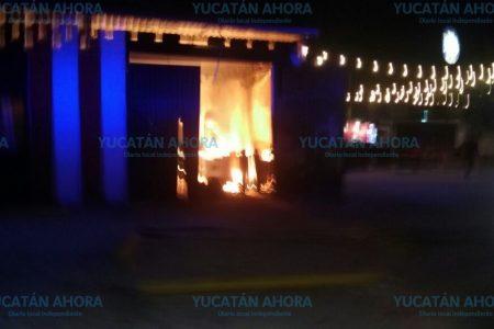 Se quema el nuevo Angry Angus en San Luis Chuburná