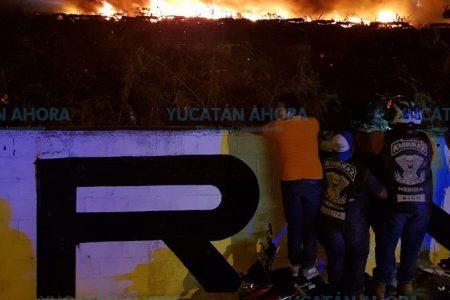 Se quema el corralón de la SSP en la avenida Jacinto Canek