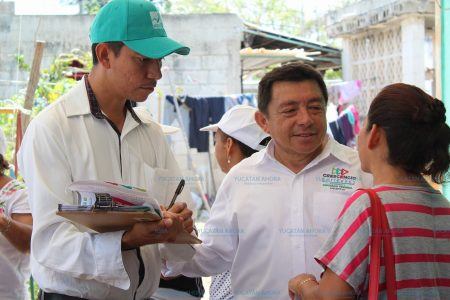 Vecinos del sur de Mérida otorgan su confianza a José Crescencio Gutiérrez