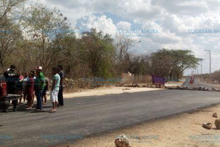 Aún no les pagan a ejidatarios por nueva carretera en Umán