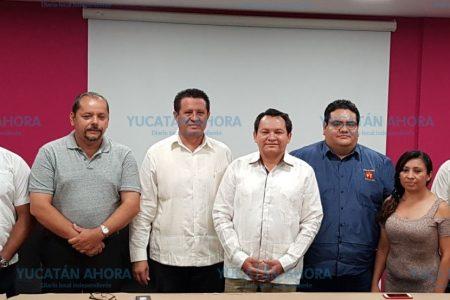 Renuncian al PAN y se suman a la campaña de Huacho Díaz